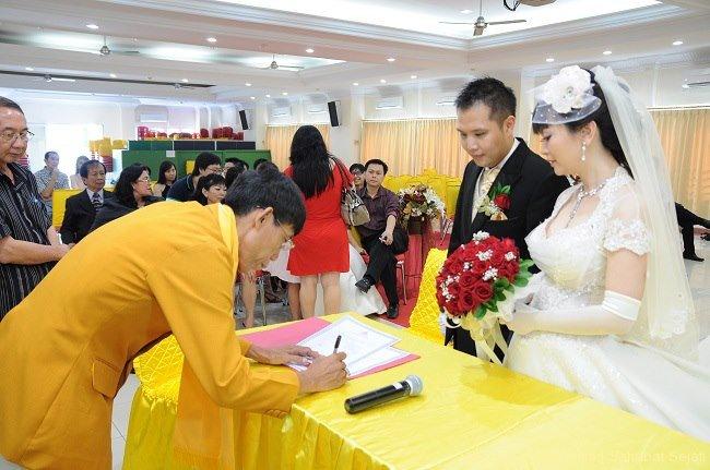pemberkatan-pernikahan-buddhis1